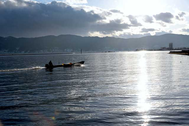 諏訪湖のイメージ画像
